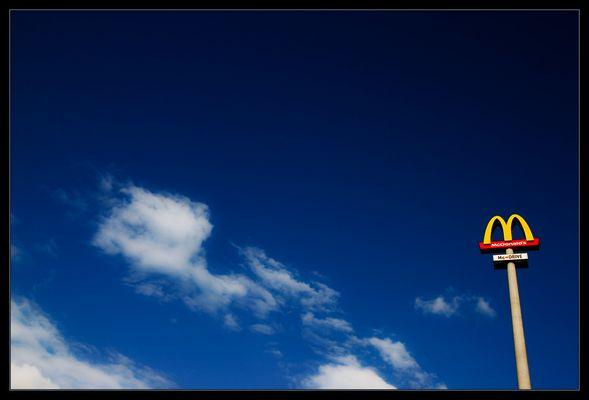zeichen - wolken - blau