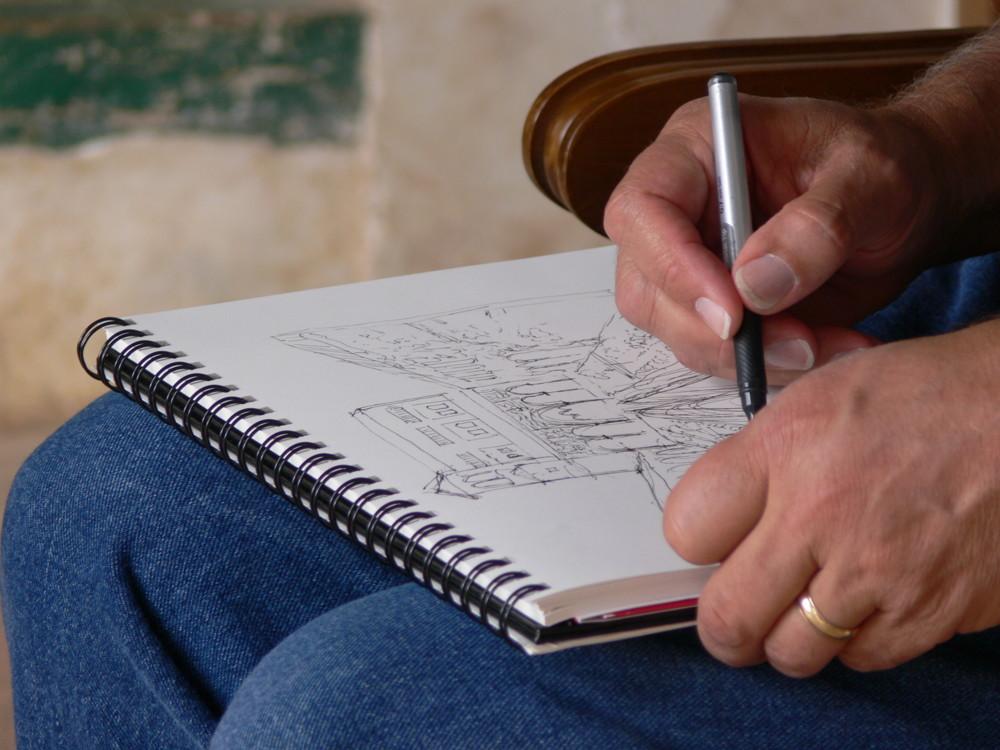 Zeichnerhände im Generalife (Alhambra)