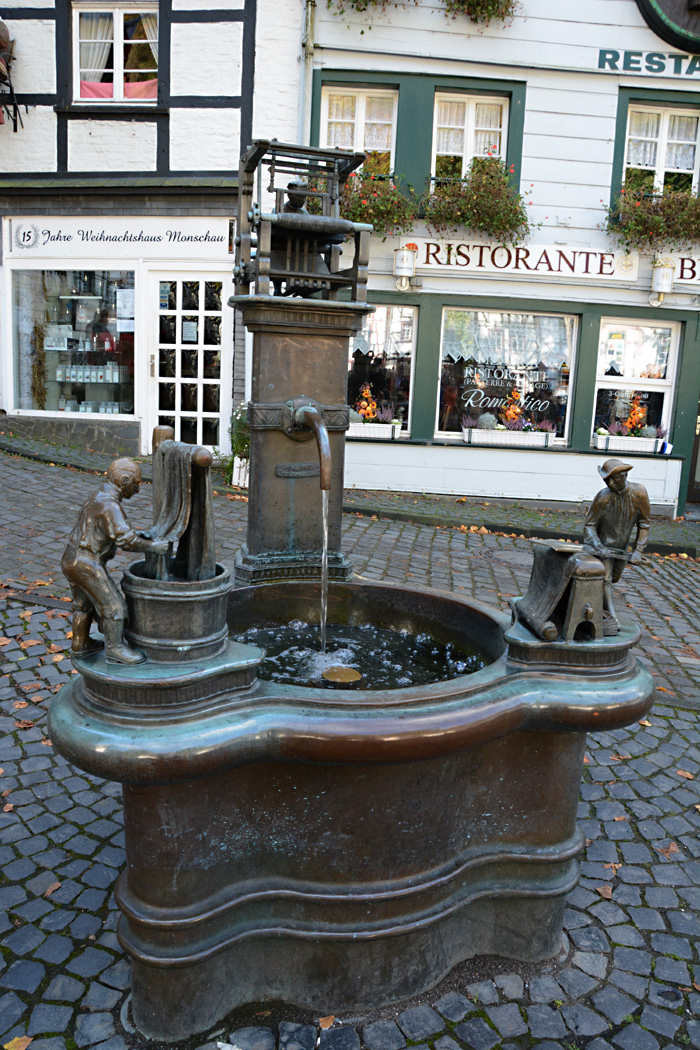 Zentrales Denkmal für die Tuchmacherstadt Monschau