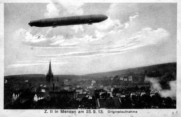 Zeppelin über Menden
