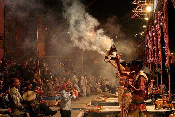 Zeremonie am Ganges