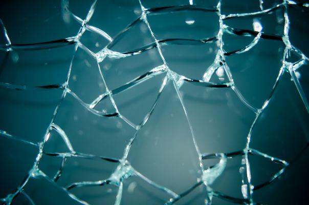 Zersplittertes Glas
