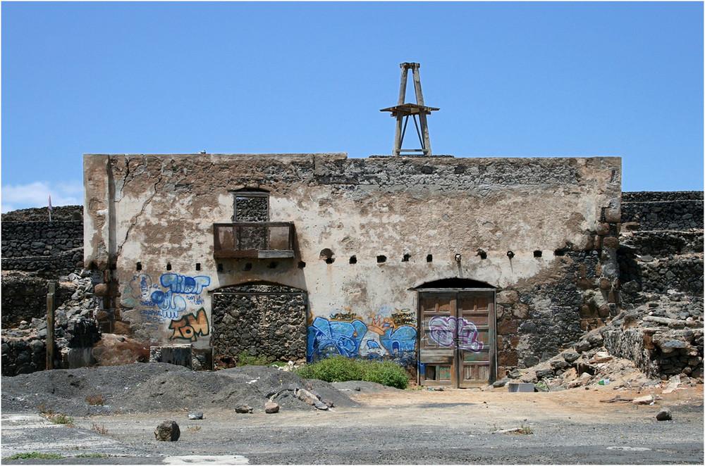 Zerstörte Mühle - Arrecife - Lanzarote