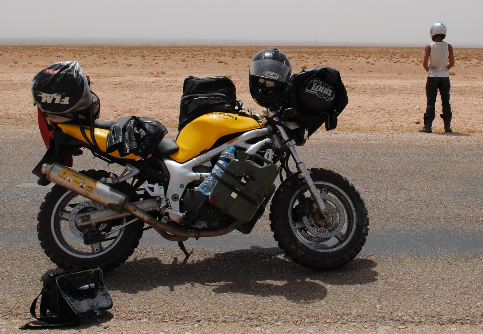 Ziel erreicht! Mit 18 Jahren zu zweit auf einer gedrosselten Suzuki SV 650 in die Sahara