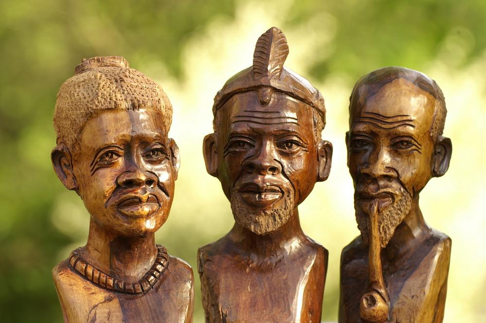 Zimbabwe - Holzschnitzkunst 2