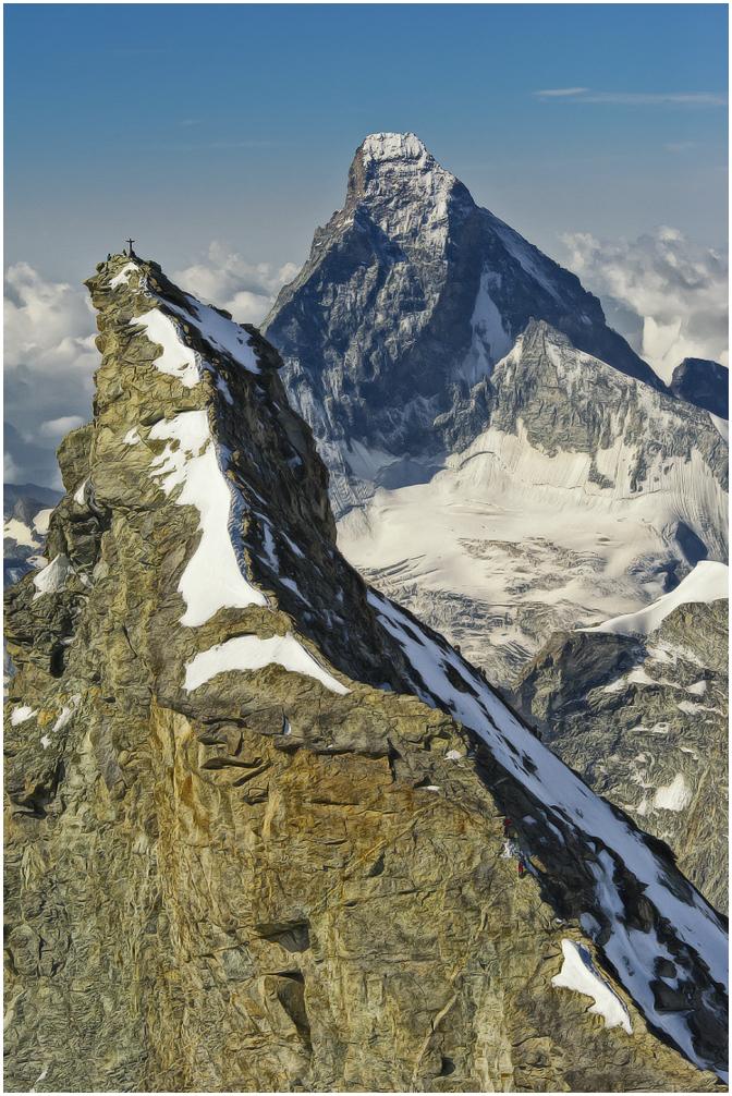 Zinalrothorn mit Matterhorn