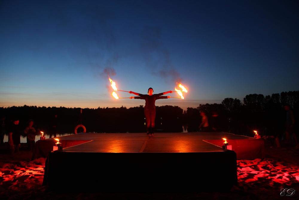Zirkus-Theater Ratz-Fatz: Feuer-Show