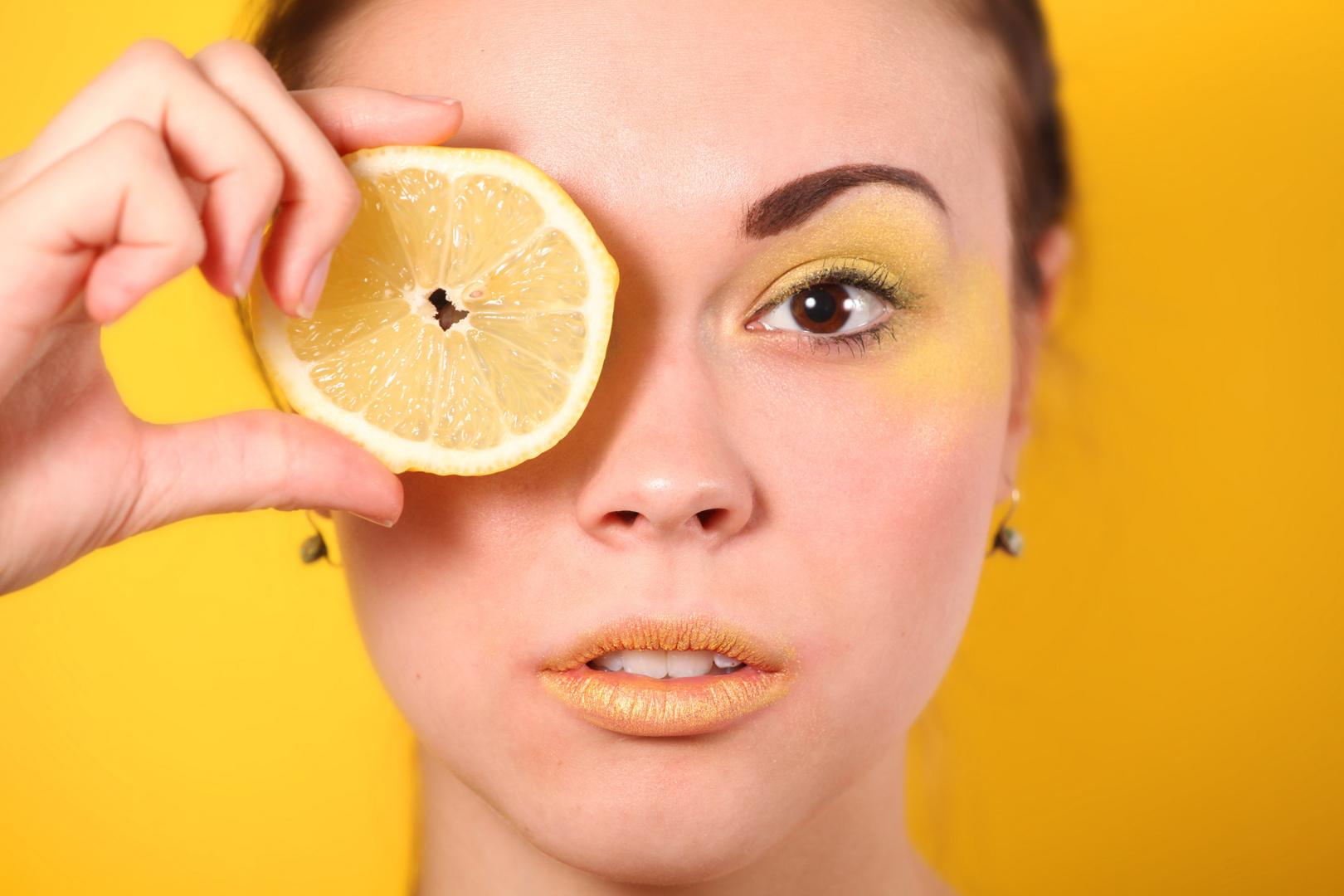 Zitronenmädchen