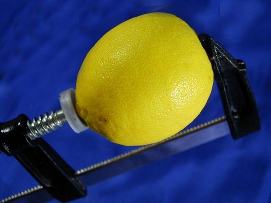 Zitronenpresse