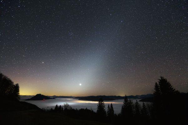 Zodiakallicht über dem Nationalpark Kalkalpen