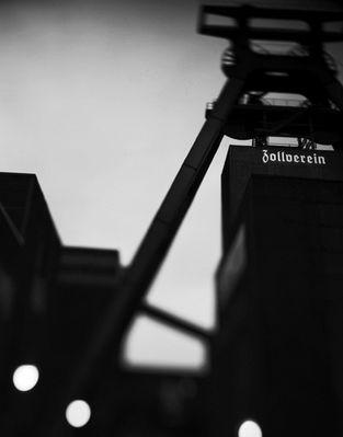 Zollverein früh morgens SW
