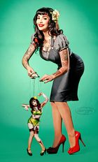 .... Zombie Pinup...