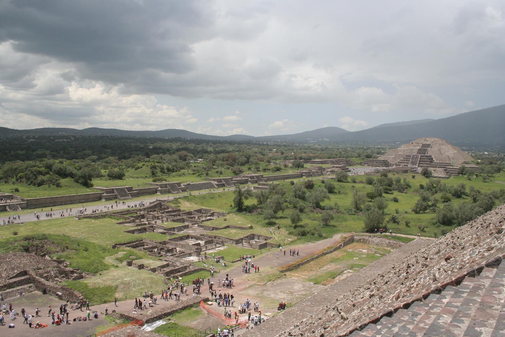 ZONA ARQUEOLOGICA DE TEOTIHUACAN MEX.