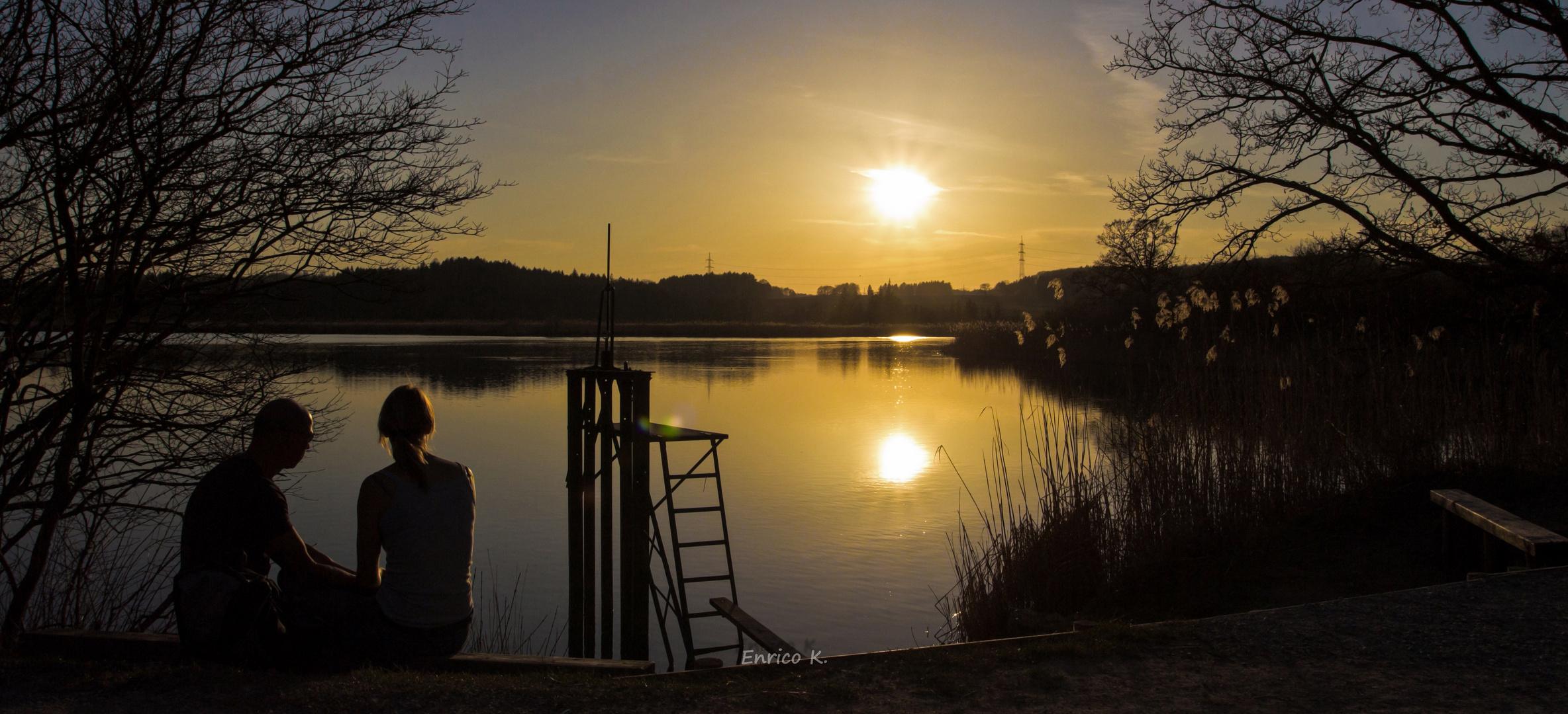 Zu zweit in den Sonnenuntergang (Original) ...