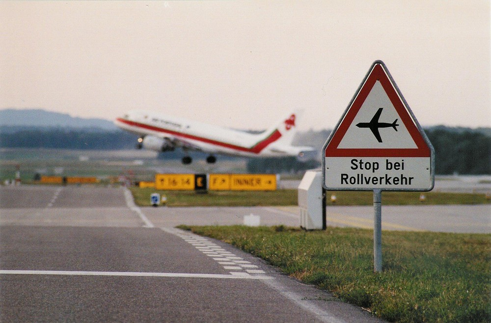 Zürich Unique Airport - Take-off