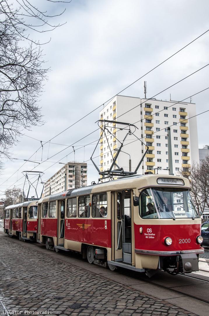 Zug des Straßenbahnmuseums in Dresden