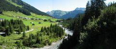 Zug im Lechtal