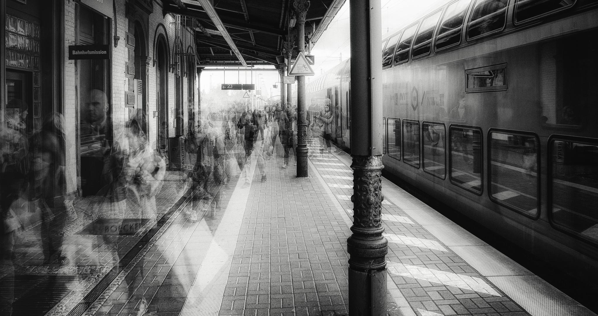 Zug von irgendwo 2