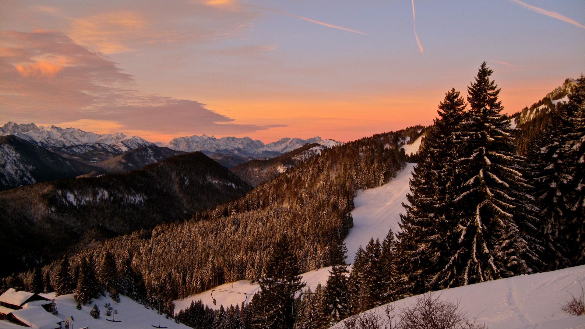 zum Sonnenaufgang auf´s Brauneck