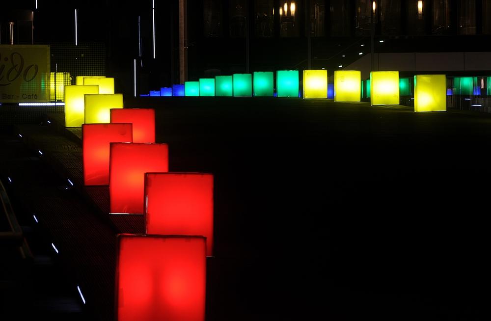 . . . zur Regenbogenbrücke . . .