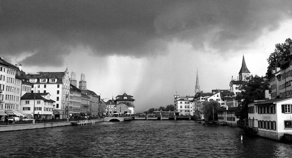 Zurich before raining12.05.2009 at 3o clockpm