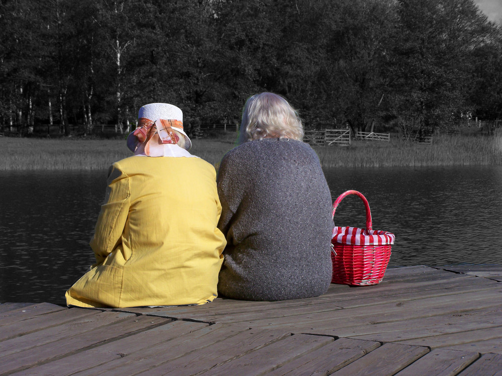 Zwei Alte Damen