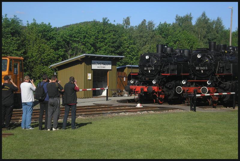 Zwei begehrte Fotoobjekte der Baureihe 86