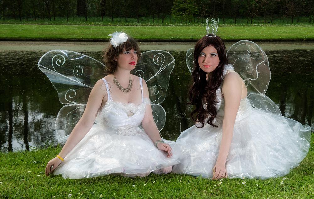 Zwei Engel auf dem Elfenfest in Haarzuilens