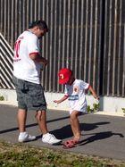 Zwei FCA-Fans (Stein im Schuh)