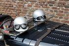 Zwei Helme......