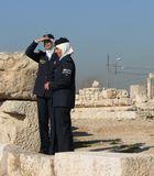 Zwei jordanische Polizistinnen