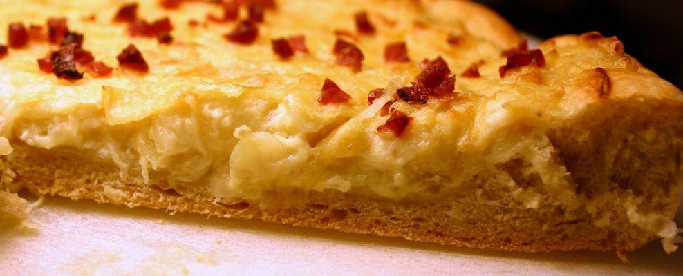 Zwiebelkuchen Rund auf Brotmehl