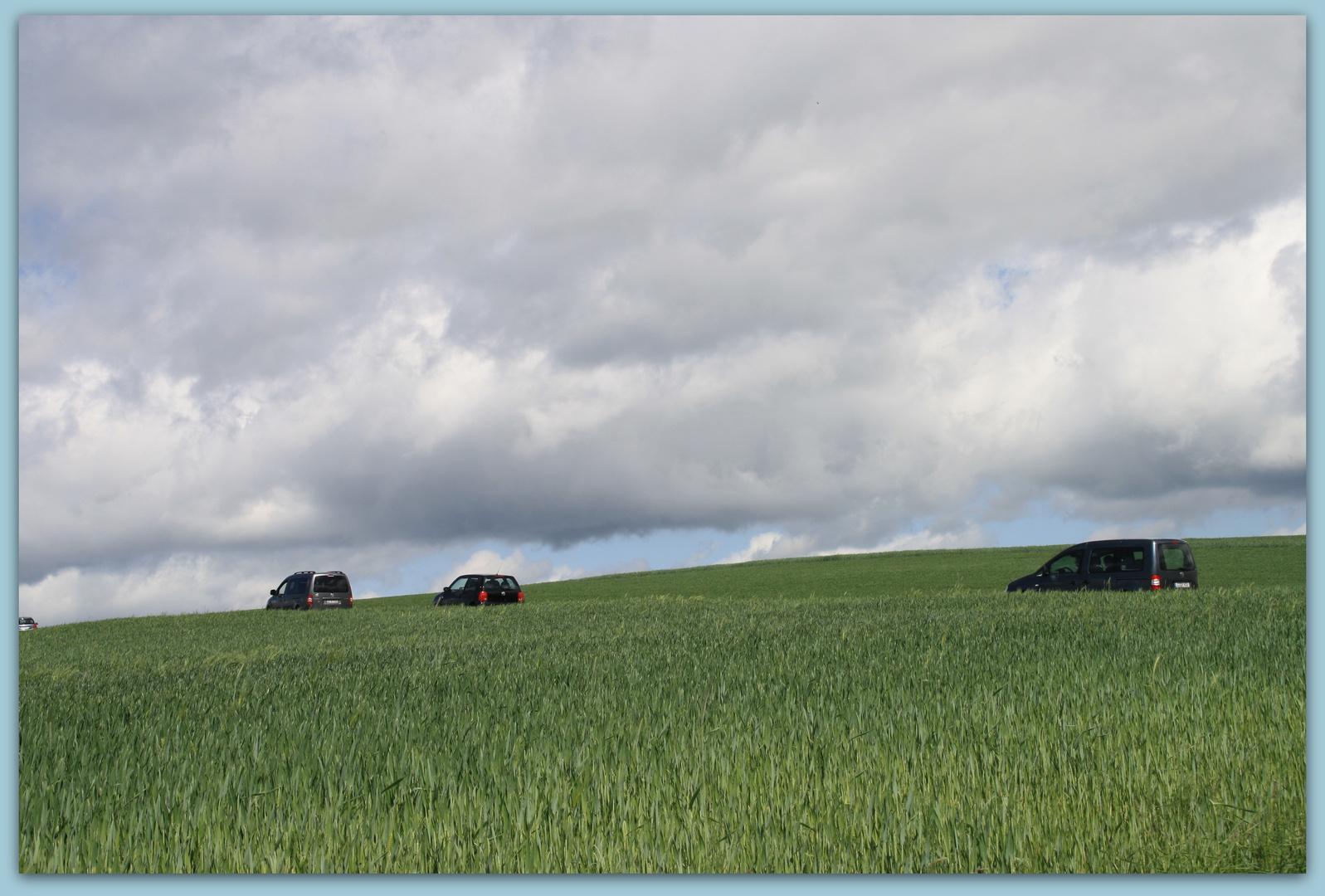 Zwischen Himmel und Feldern