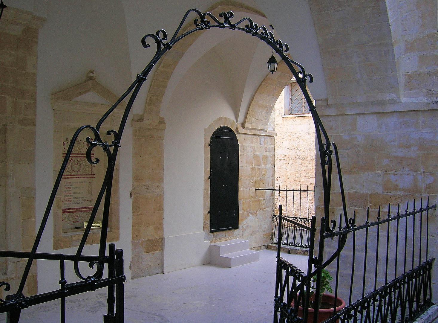 Zypern - Heiligkreuzkloster in Omodos