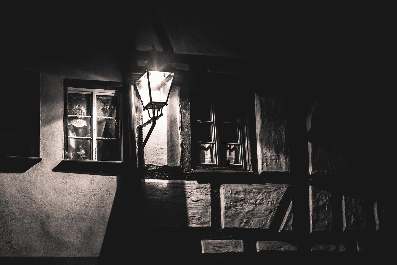 03-Nürnberg-Altstadt-Laterne-Available-Light-Jürgen Klieber-161119