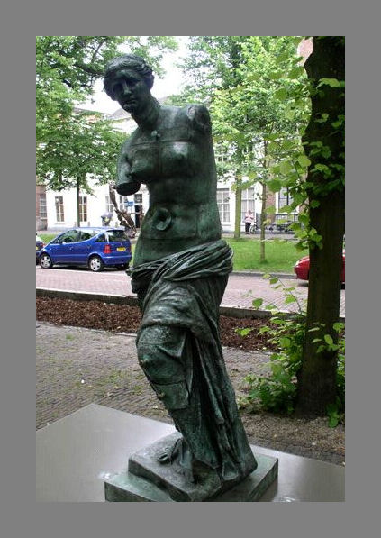 0376-FC-FL-Salvador Dali (1904-1989) Venus de Milo aux tiroirs (1964) Totaal
