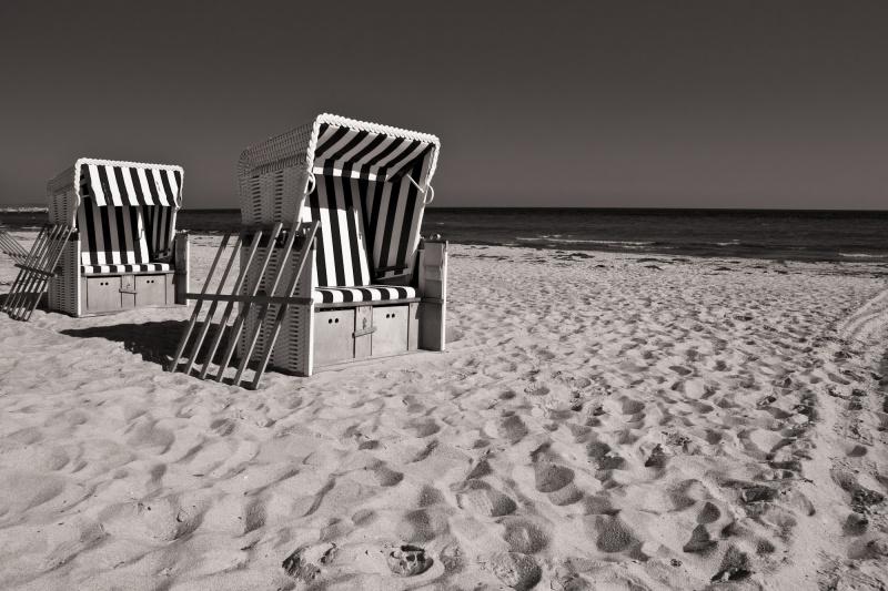 04-23 Strandkörbe am Boltenhagener Strand