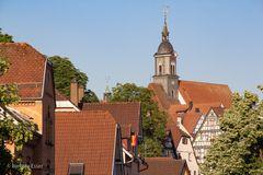 05-Stadtkirche mit Dächern der Altstadt