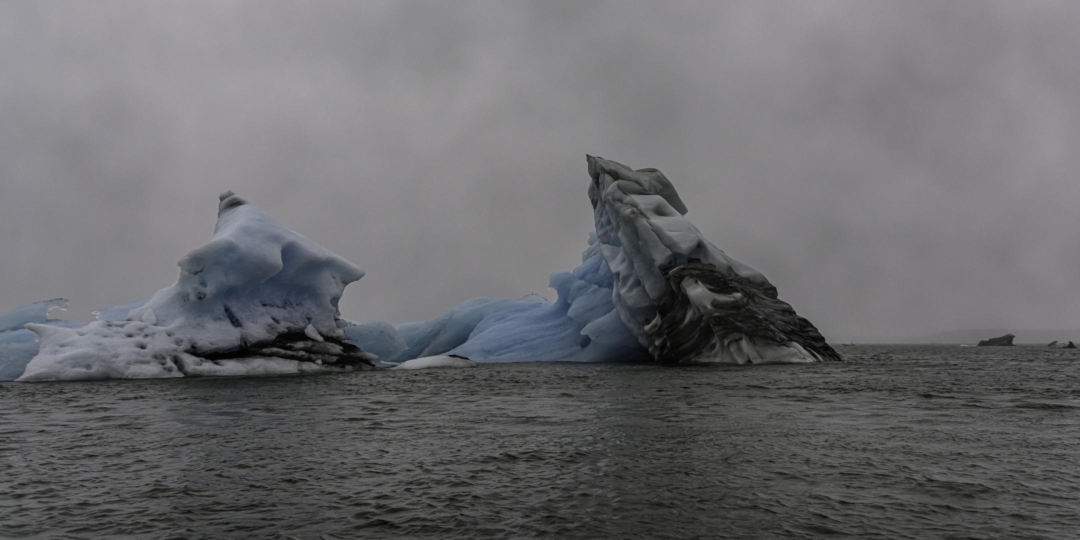 0697 Perspektiven eines Eisbergs