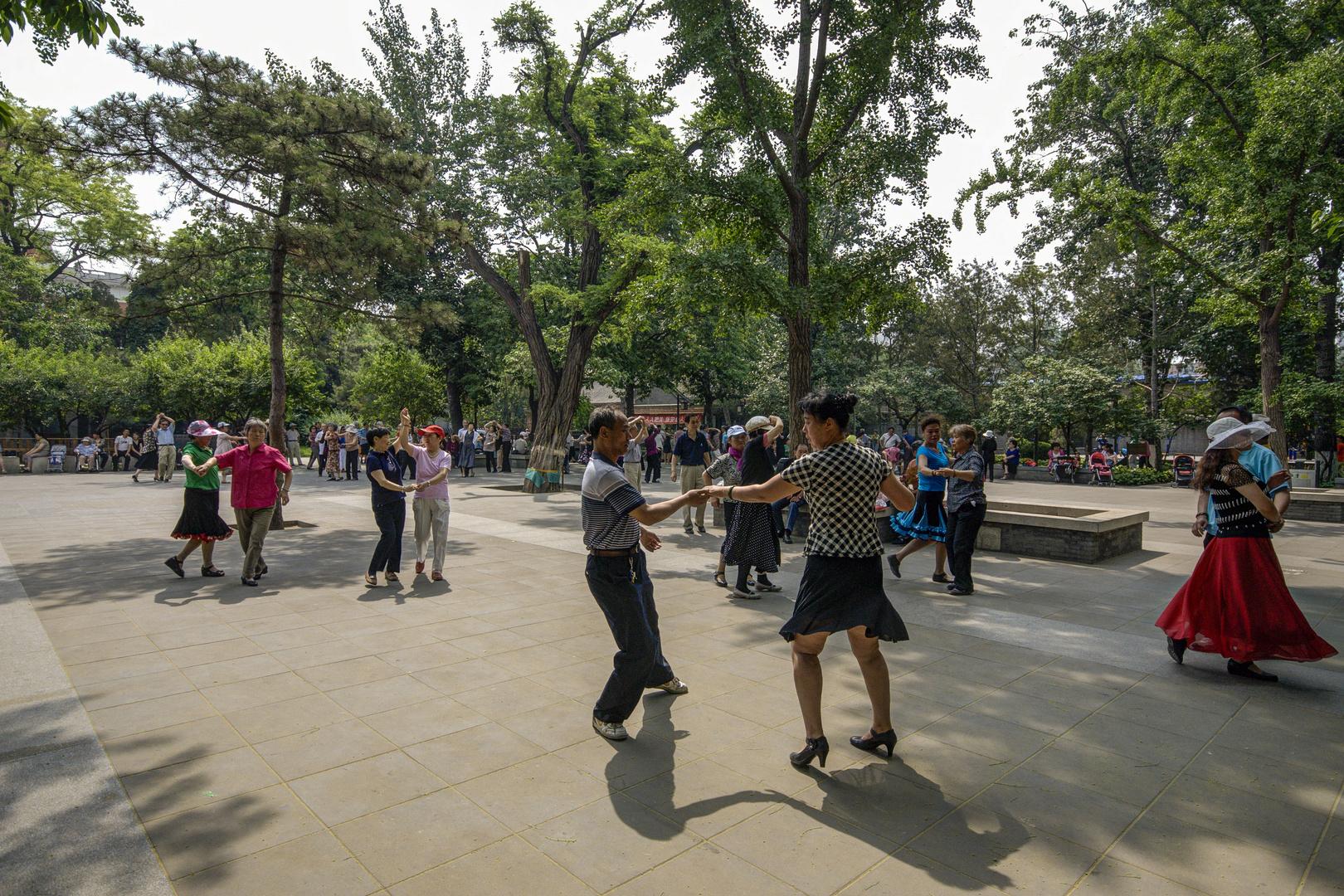077 - Beijing - Tango Dancing in the Park