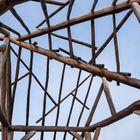 08-Offene Holzdachkonstruktion am Aussichtsplatz