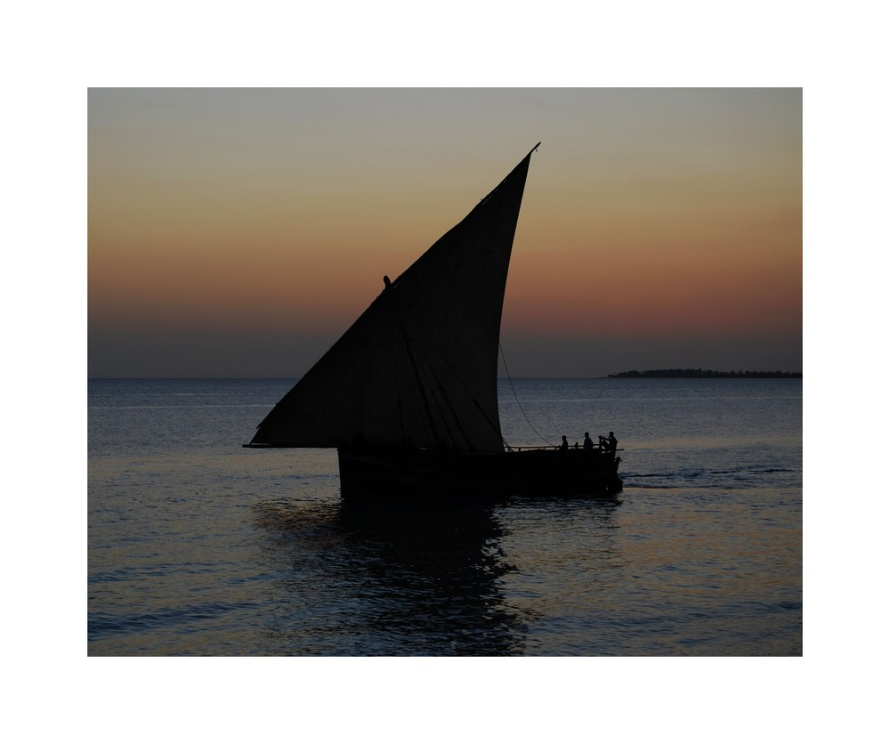 [08africa] / Sail away ...