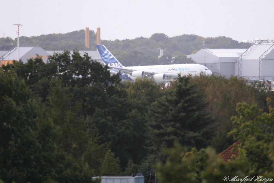 1. Landung des A380 in HH-Fuhlsbüttel (1a)