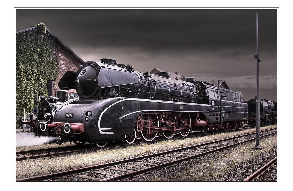 10 001 foto  bild  historische eisenbahnen eisenbahn