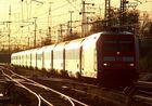 101 003-2 mit EC 6 in Karlsruhe