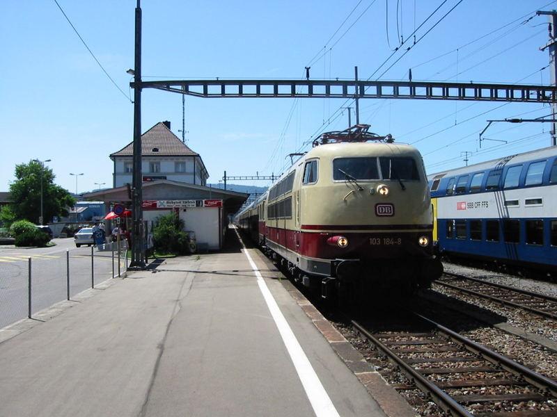 103 184 weilt heute in der Schweiz