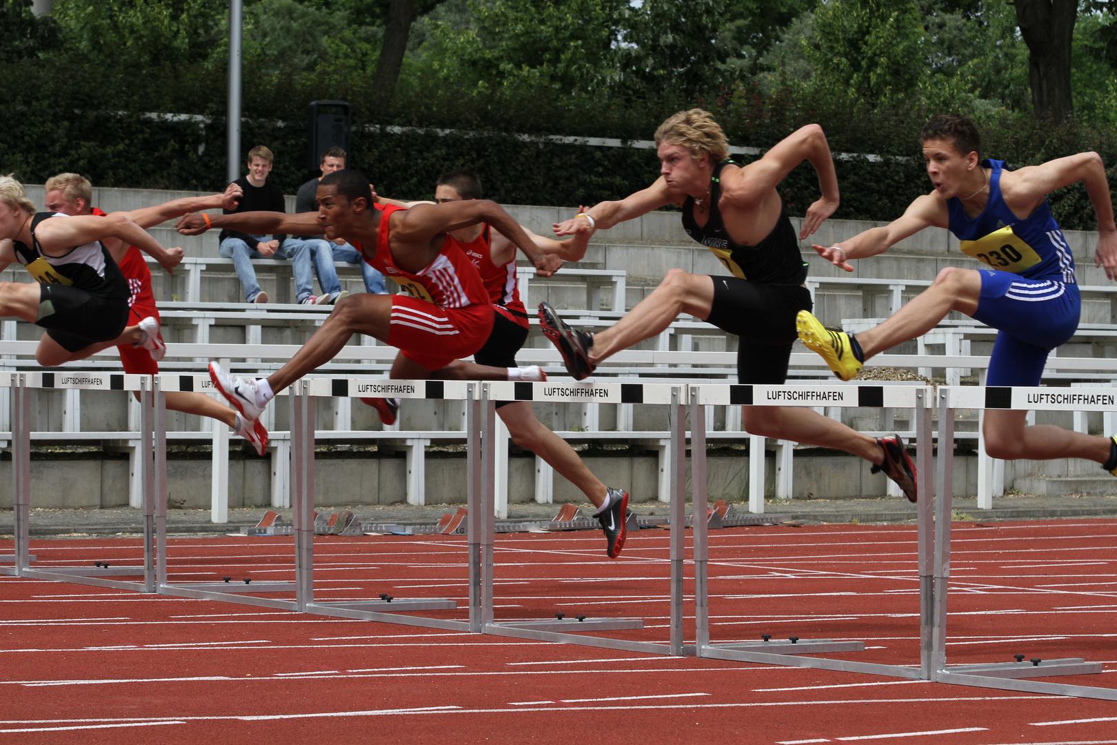 110m Hürden bei den Berlin-Brandenburger LA Meisterschaften, II