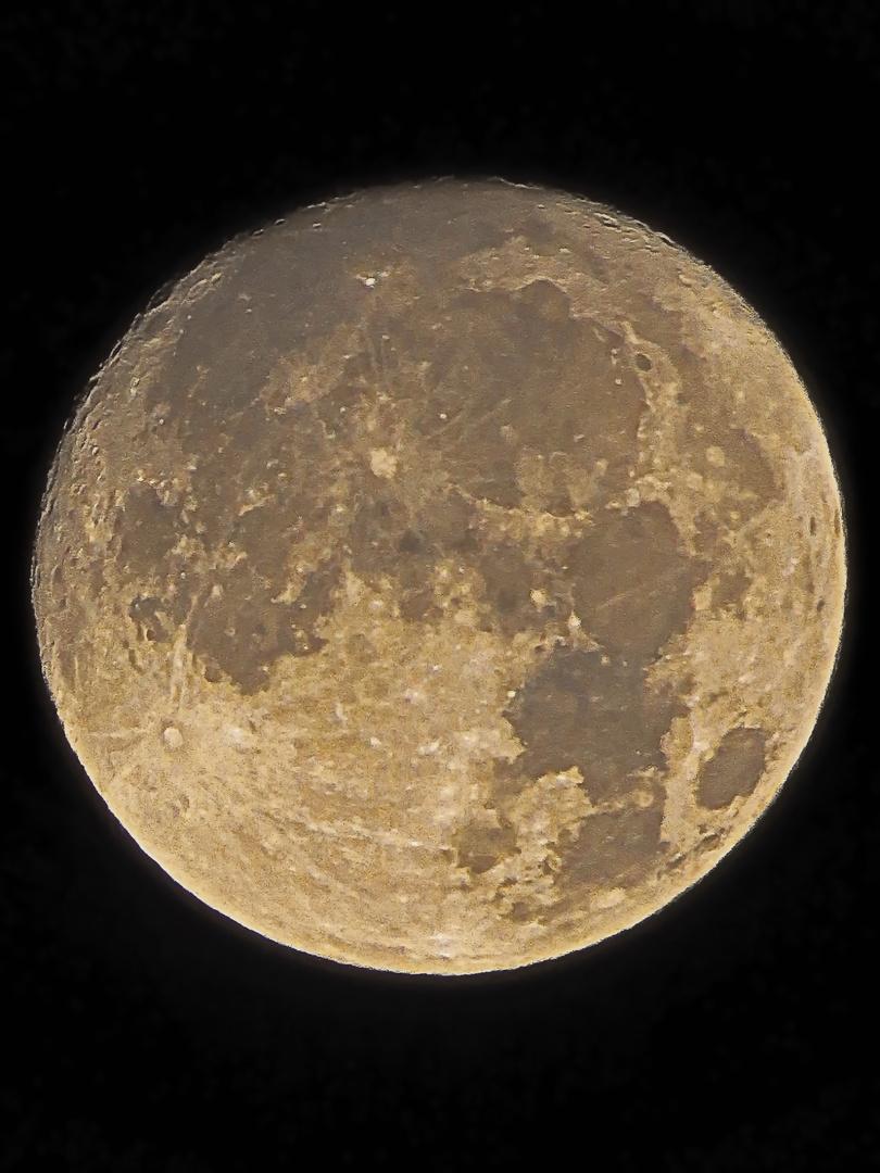 1.30 Uhr - zubehmende Mond heute Nacht, 98% Sichtbarkeit,