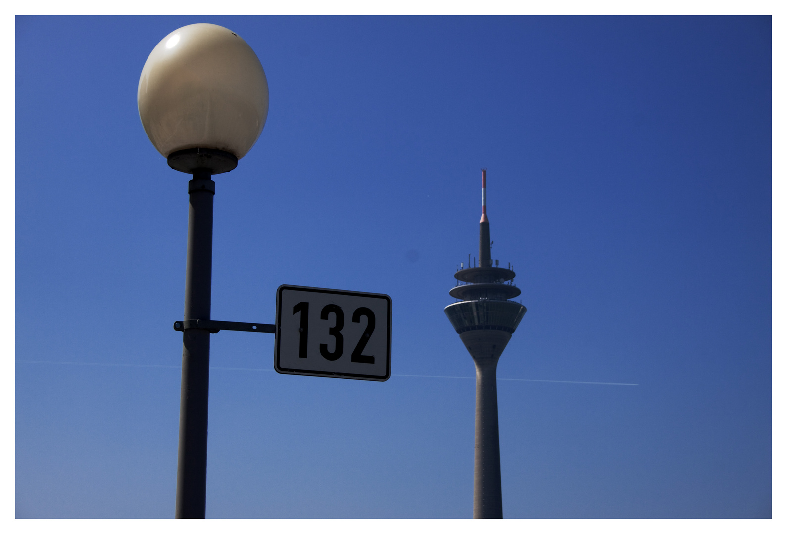 132 Dusseldorf