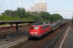 139 164-8 mit Millitärfuhre durch Ludwigshafen Oggersheim